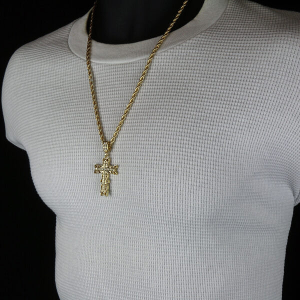 """Men's Iced Out Cross Pendant w/24"""" Rope Chain"""