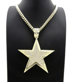 "Large Star Pendant w/24"" Cuban Chain"