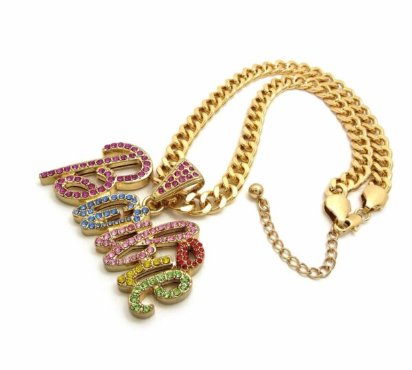 """ICED WOMEN'S BUST DOWN BARBIE PENDANT w/18"""" LINK CHAIN"""