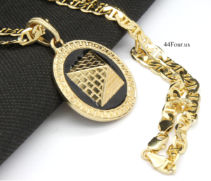 "Round Black/Gold Pyramid w/24"" Mariner Necklace"