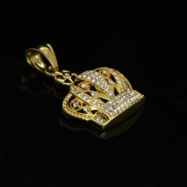 Queen Crown Cross Pendant With Box Link Chain