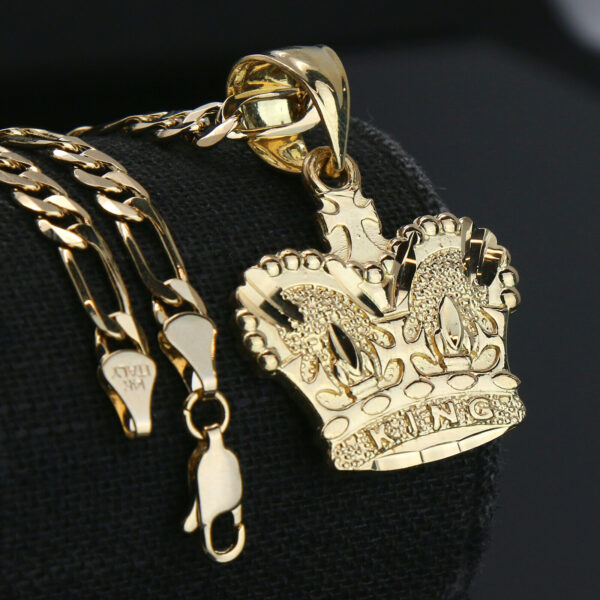 "D-Cut King Crown Pendant With 5mm 18"" Figaro Chain Choker"