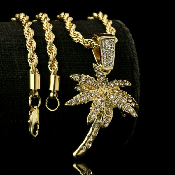 """Exquisite Icy Beach Palm Tree Pendant With 24"""" Rope Chain"""