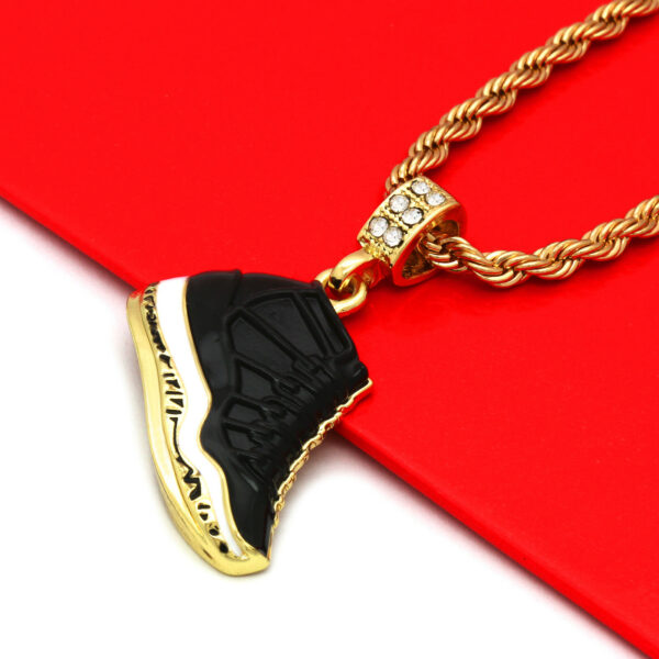"""Icy Retro 11 Space Jams Kicks Pendant With 4mm 24"""" Rope Chain"""