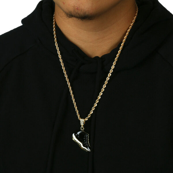 "Icy Retro 11 Space Jams Kicks Pendant With 4mm 24"" Rope Chain"