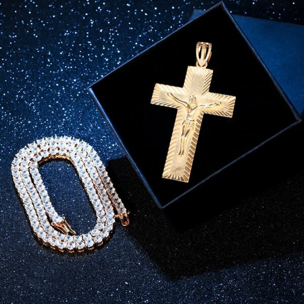 """AAA+ CZ 3.4"""" Crucifix Cross Gold/Silver/Rose Gold Color Pendant With Necklace"""